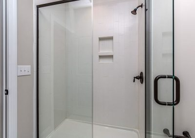 1626EnonCt-30Shower